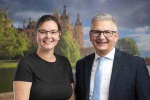 Rechtsanwalt Ullrich Knye und Assistentin Susanne Conrad