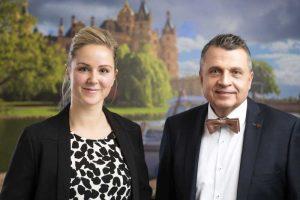 Rechtsanwalt Dr. Axel Schöwe und Assistentin Sandra Machart